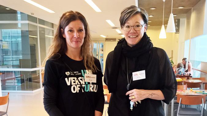 Tutkija Piia af Ursin oli mukana järjestämässä tapahtumaa ja kasvatuspsykologi Niina Junttila piti tilaisuudessa puheenvuoron lasten yksinäisyydestä.