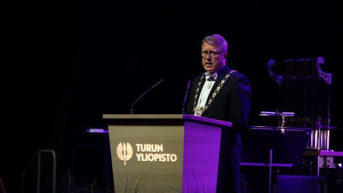 Turun yliopiston rehtori Jukka Kola