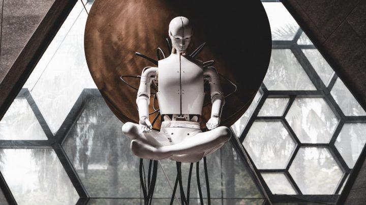 Leijuva robotti